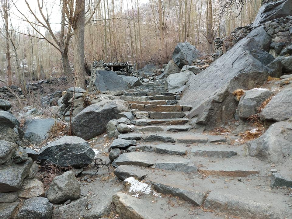 Ondra Poygah - The longest stairs in Pakistan