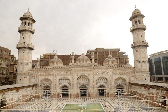Featured image of Mohabbat Khan Mosque - Peshawar Sehr o Iftaar timings