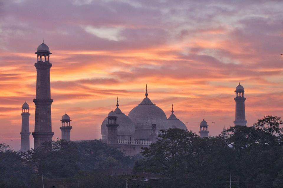 Mosques in Lahore