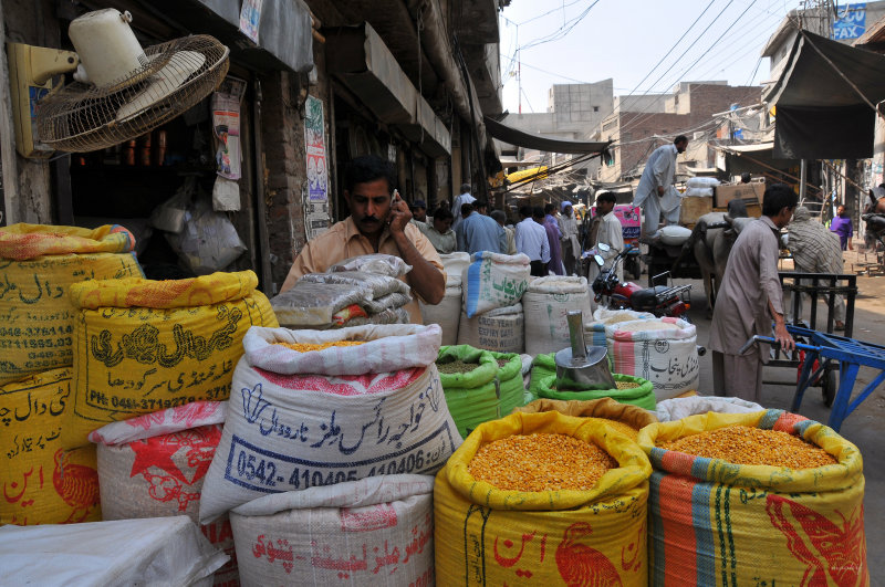 Akbari Mandi - Old Bazaars of Lahore