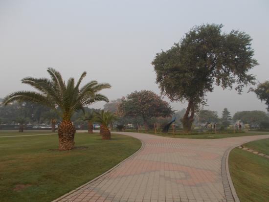 jogging tracks of jilani park