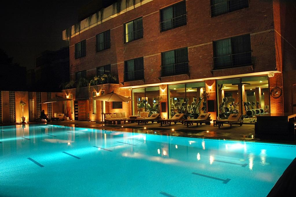 residency hotel lahore